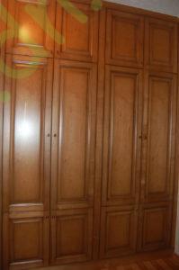Шкаф из массива дерева Донецк