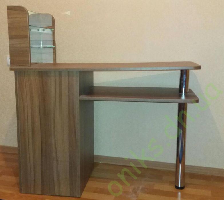 Маникюрный стол в Донецке