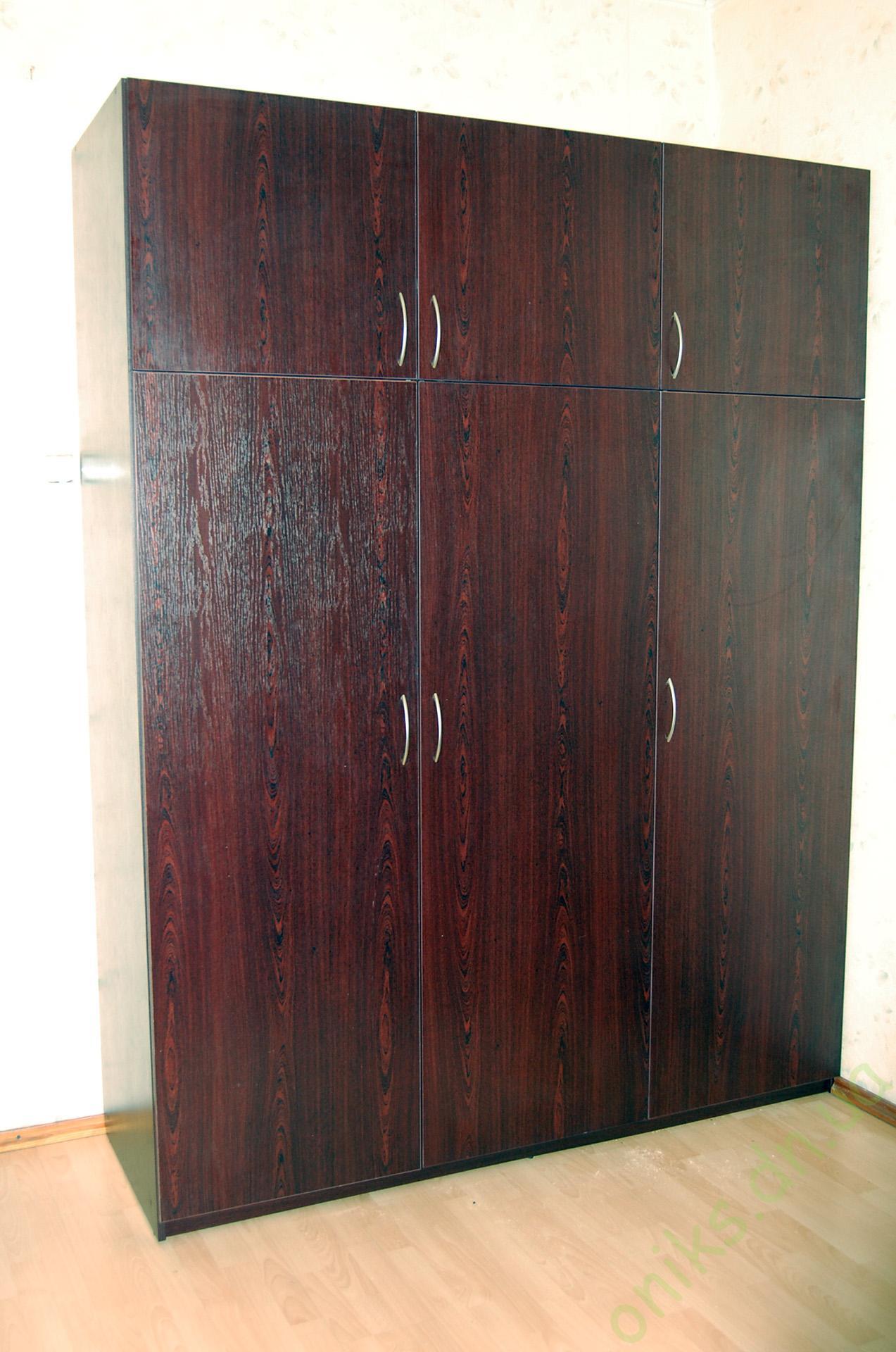 Купить распашной трёххдверный шкаф с антресолью Донецк