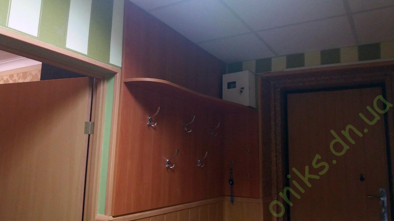 Купить подвесную полку с панелью в Донецке
