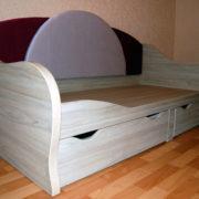 Купить односпальную кровать с мягкой спинкой в Донецке
