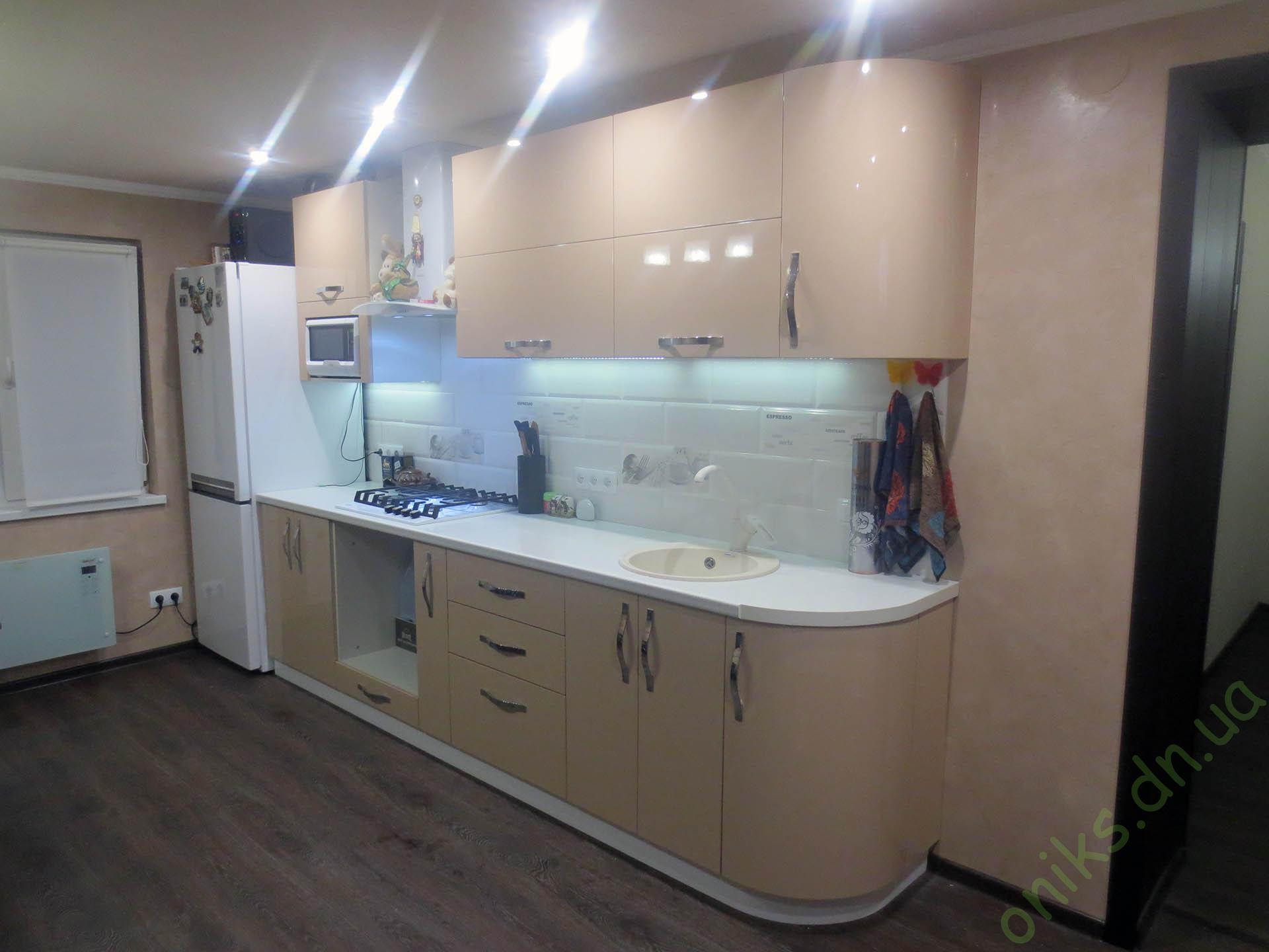 Заказать прямую кухню с крашеными фасадами в Донецке