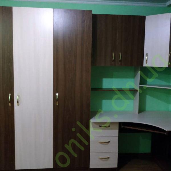 Купить трехдверный шкаф в Донецке