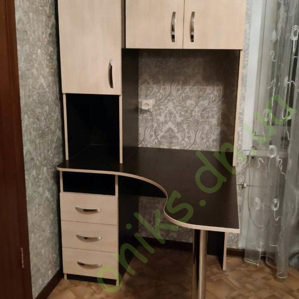 Купить угловой стол с верхними шкафчиками в Донецке