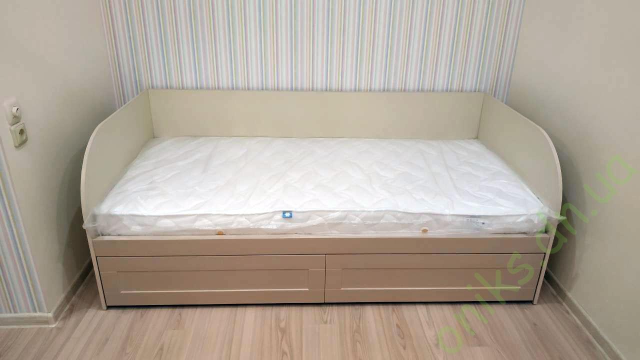 Односпальная кровать с выдвижными ящиками в Донецке