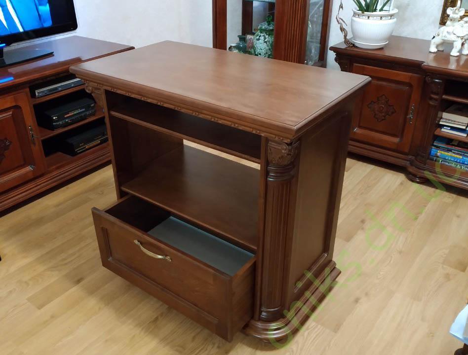 Купить деревянную тумбу ТВ с выдвижным ящиком в Донецке