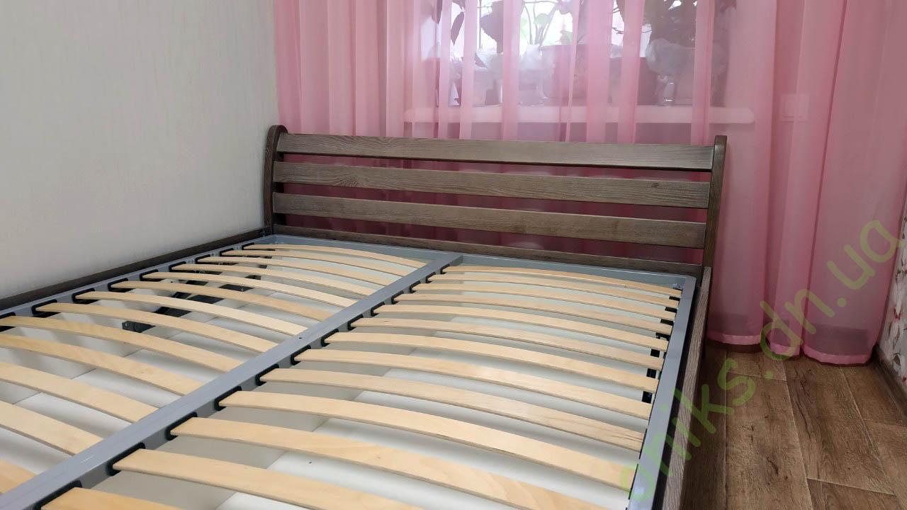 Купить двуспальную деревянную кровать с подъёмным механизмом в Донецке