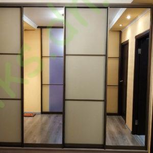 Купить четырехдверный шкаф-купе с комбинированными фасадами в Донецке