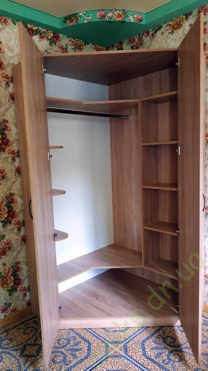 Купить угловой двухдверный шкаф в Донецке