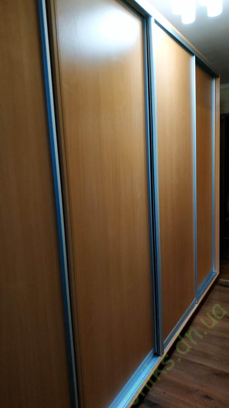 Купить шкаф-купе трёхдверный ШКТ-01 в Донецке