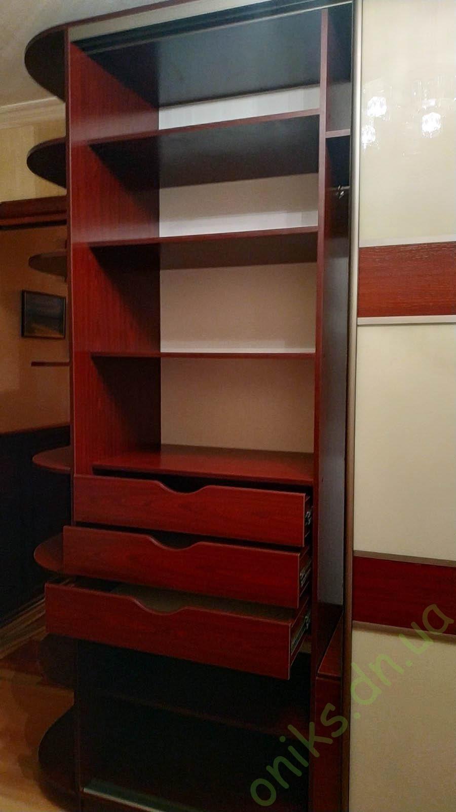 Купить шкаф-купе трёхдверный в Донецке