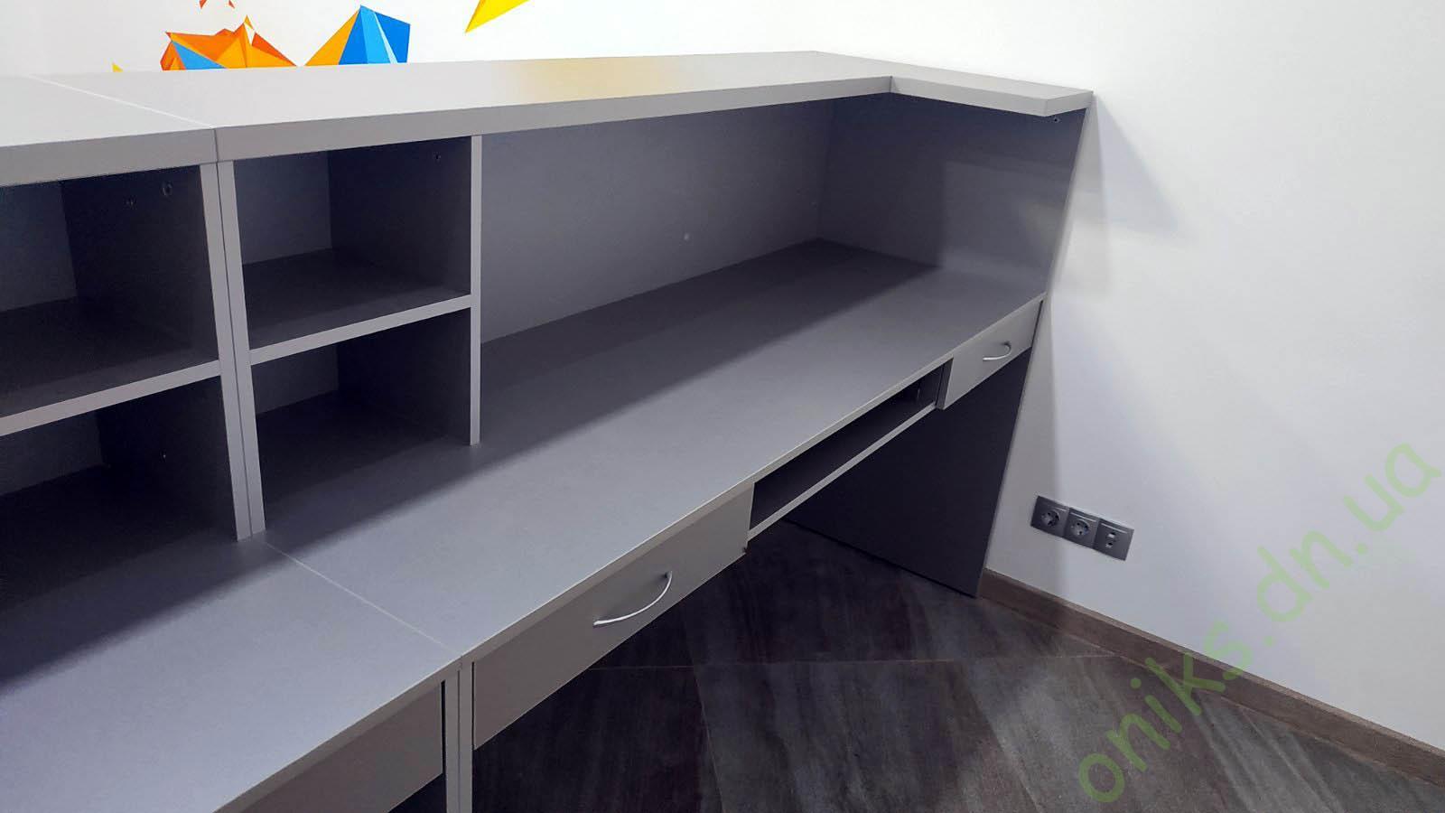 Купить стойку администратора на два рабочих места в Донецке