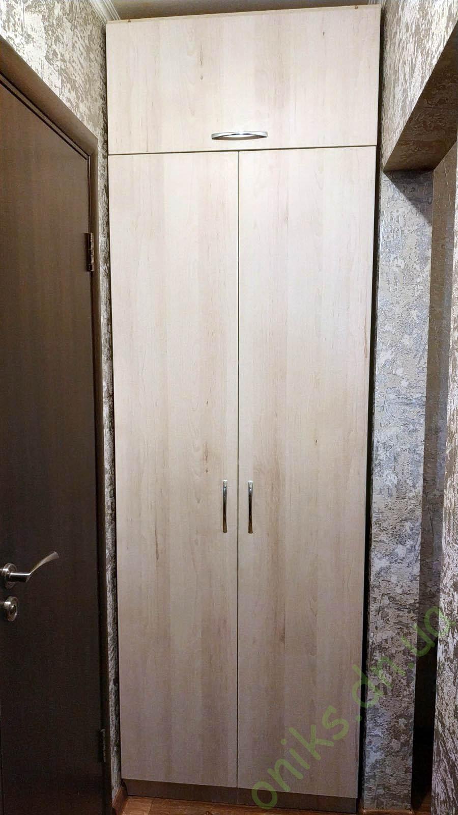 Купить шкаф распашной с антресолью в нише в Донецке