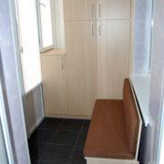 Шкаф встроенный на балкон Донецк