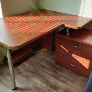 Купить угловой письменный стол в Донецке