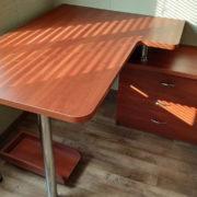 Угловой письменный стол Донецк