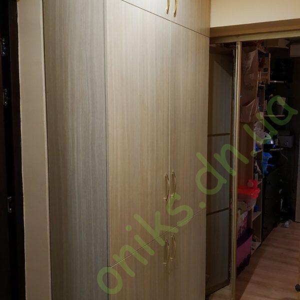 Купить шкаф в прихожую с распашными фасадами в Донецке